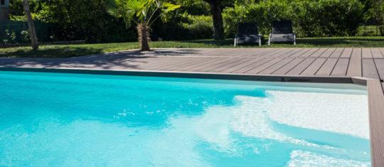 Avantages de la piscine en coque hors sol